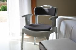 Toaletní a sprchová židle SWIFT KOMMOD
